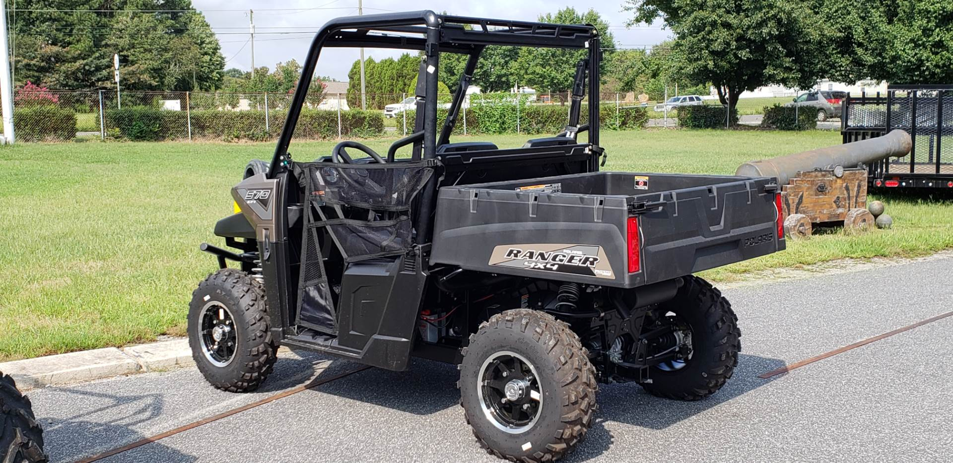 2019 Polaris Ranger 570 EPS in Hayes, Virginia - Photo 2