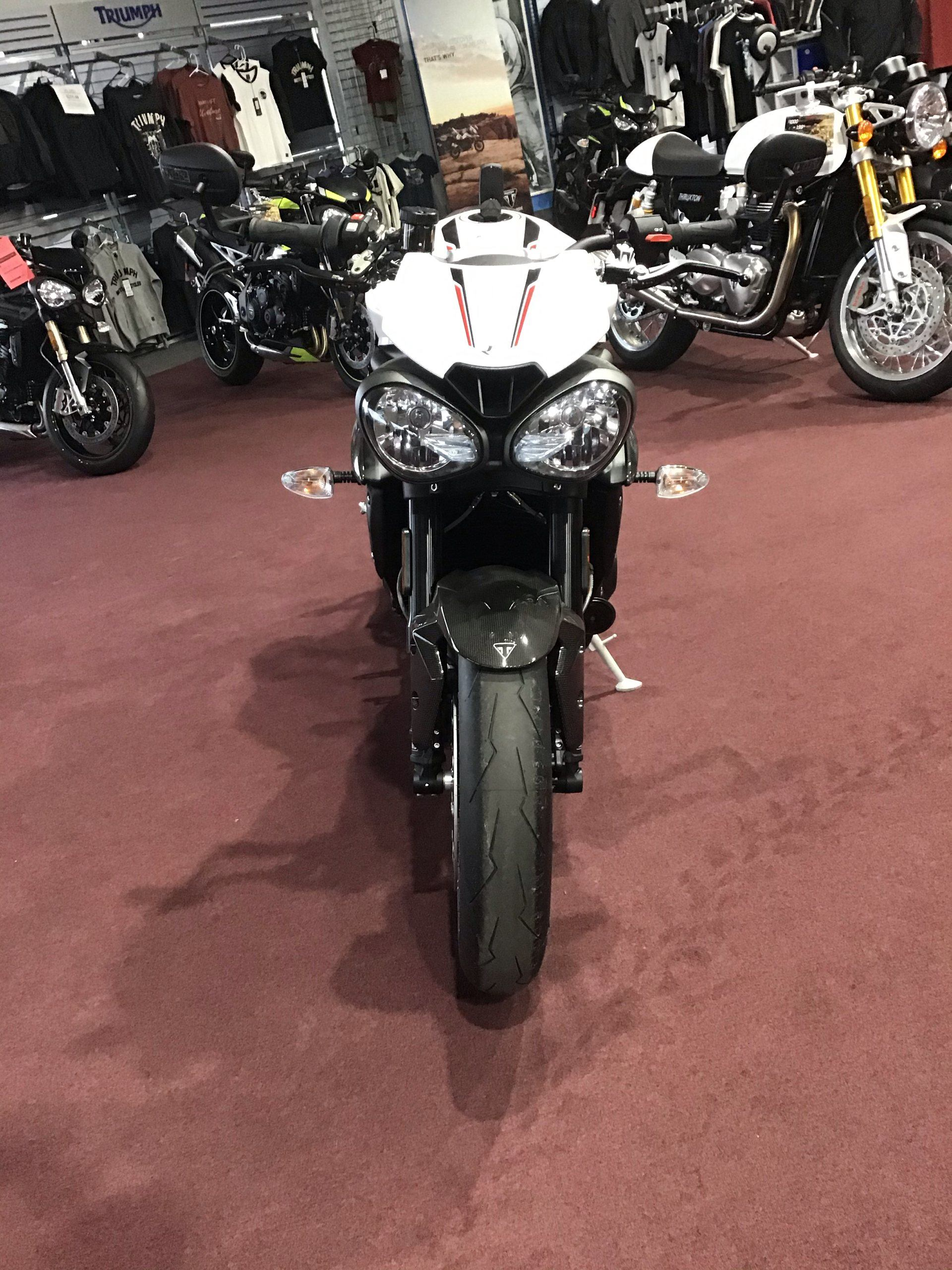 2019 Triumph Speed Triple RS in Belle Plaine, Minnesota - Photo 4