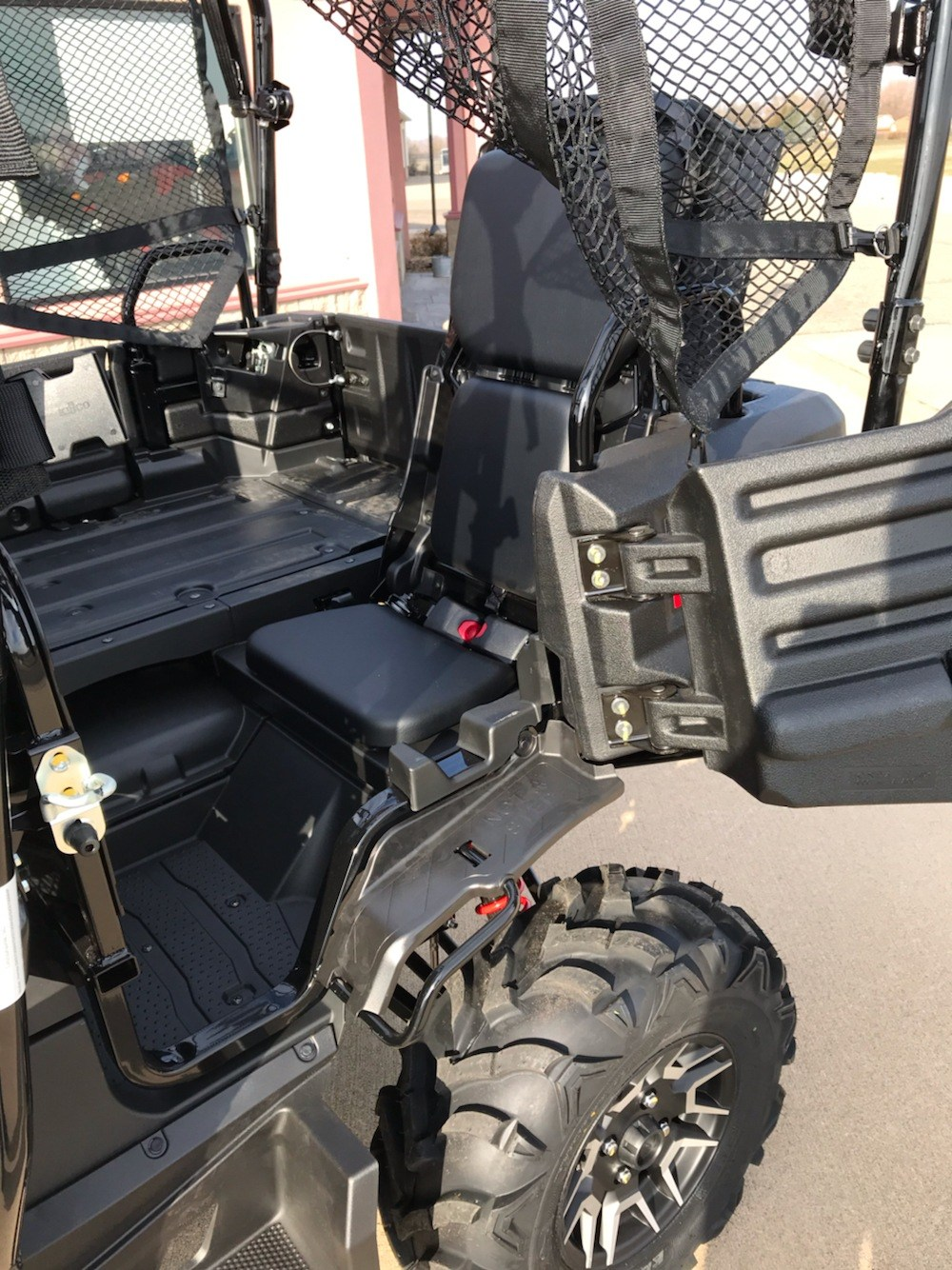 2020 Honda Pioneer 700-4 Deluxe in Belle Plaine, Minnesota - Photo 7