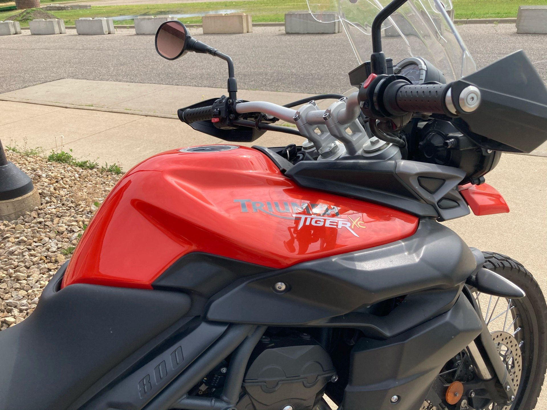 2012 Triumph Tiger 800 XC ABS in Belle Plaine, Minnesota - Photo 3