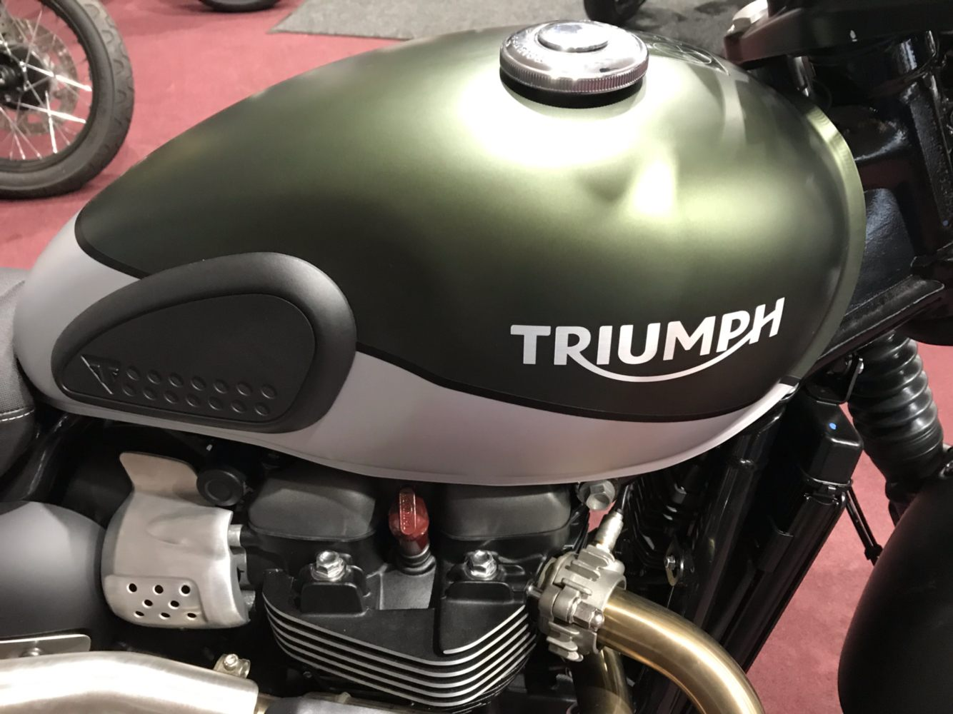 2019 Triumph Street Scrambler 900 in Belle Plaine, Minnesota - Photo 2
