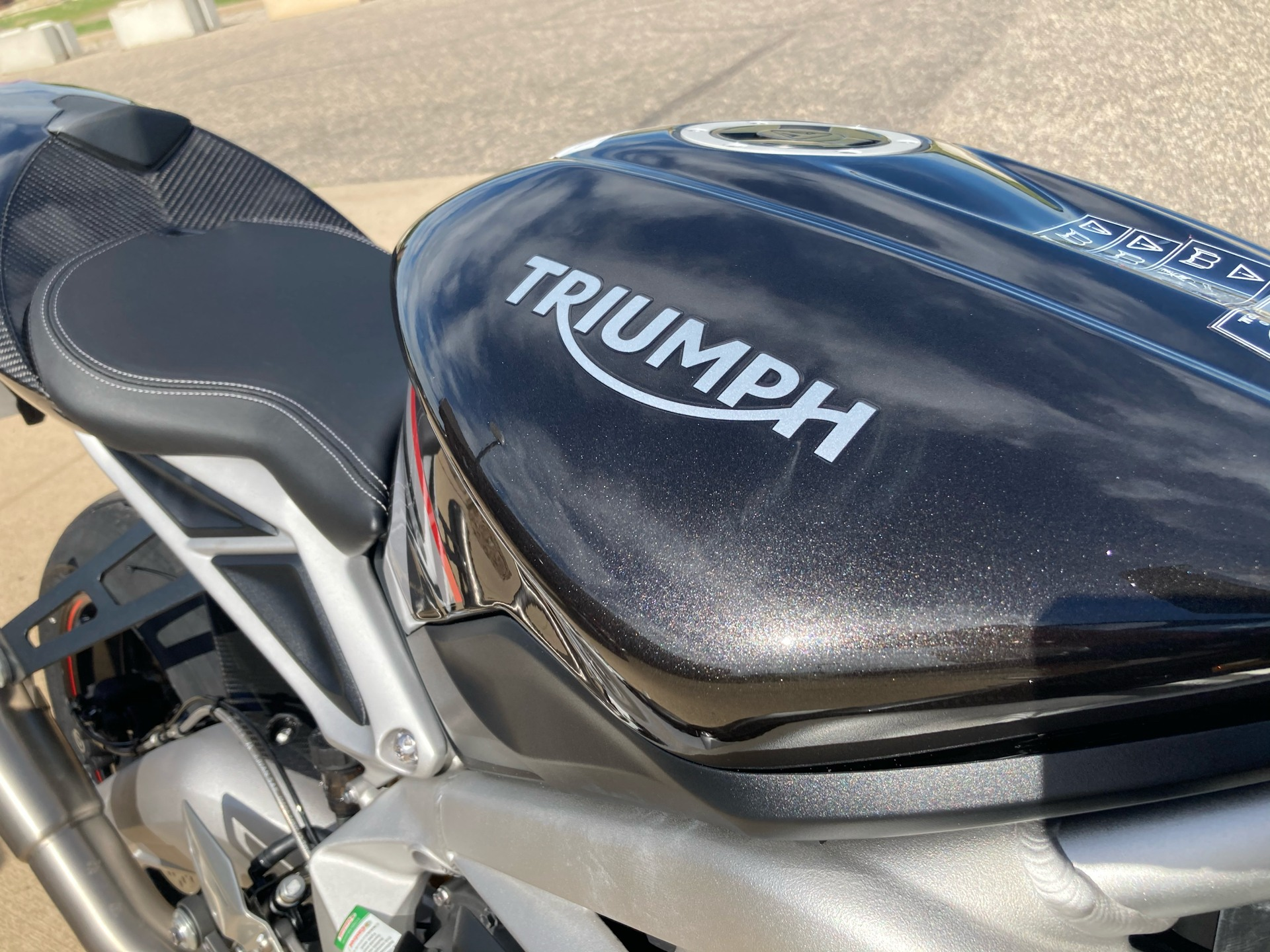 2020 Triumph Daytona Moto 2 Limited Edition in Belle Plaine, Minnesota - Photo 9