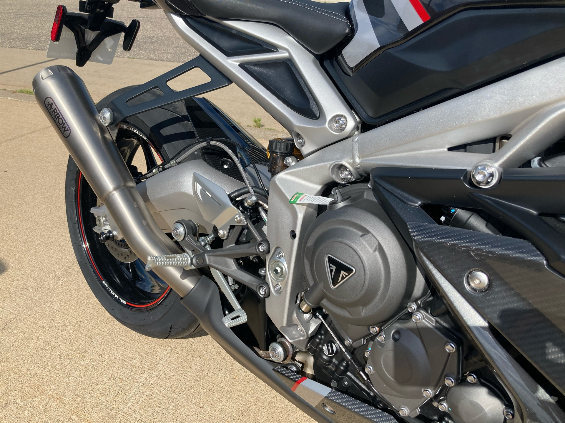2020 Triumph Daytona Moto 2 Limited Edition in Belle Plaine, Minnesota - Photo 11