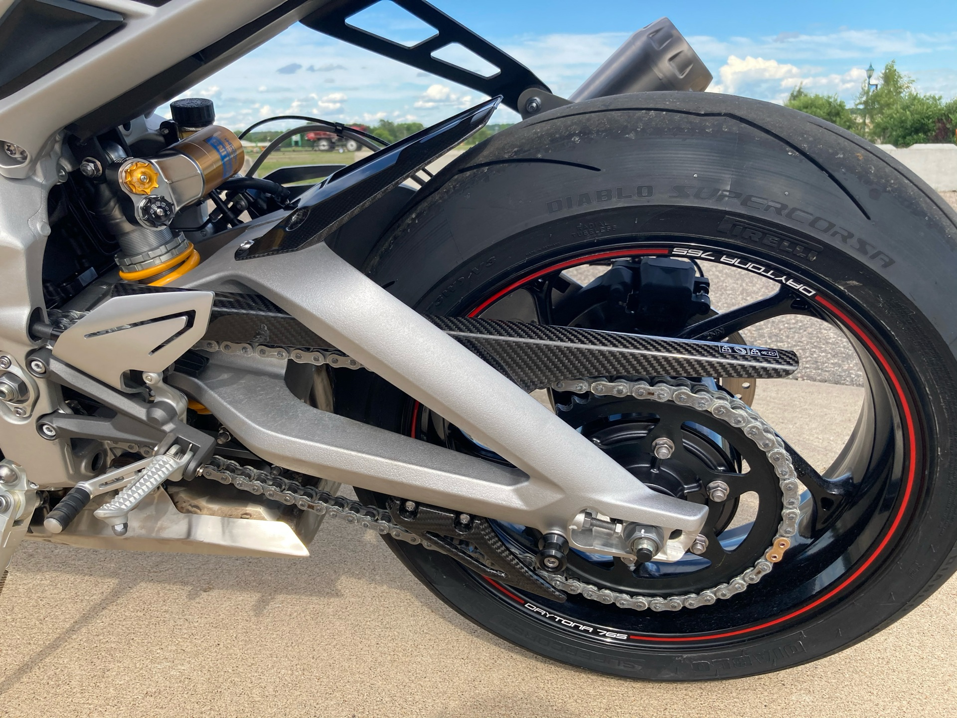 2020 Triumph Daytona Moto 2 Limited Edition in Belle Plaine, Minnesota - Photo 14