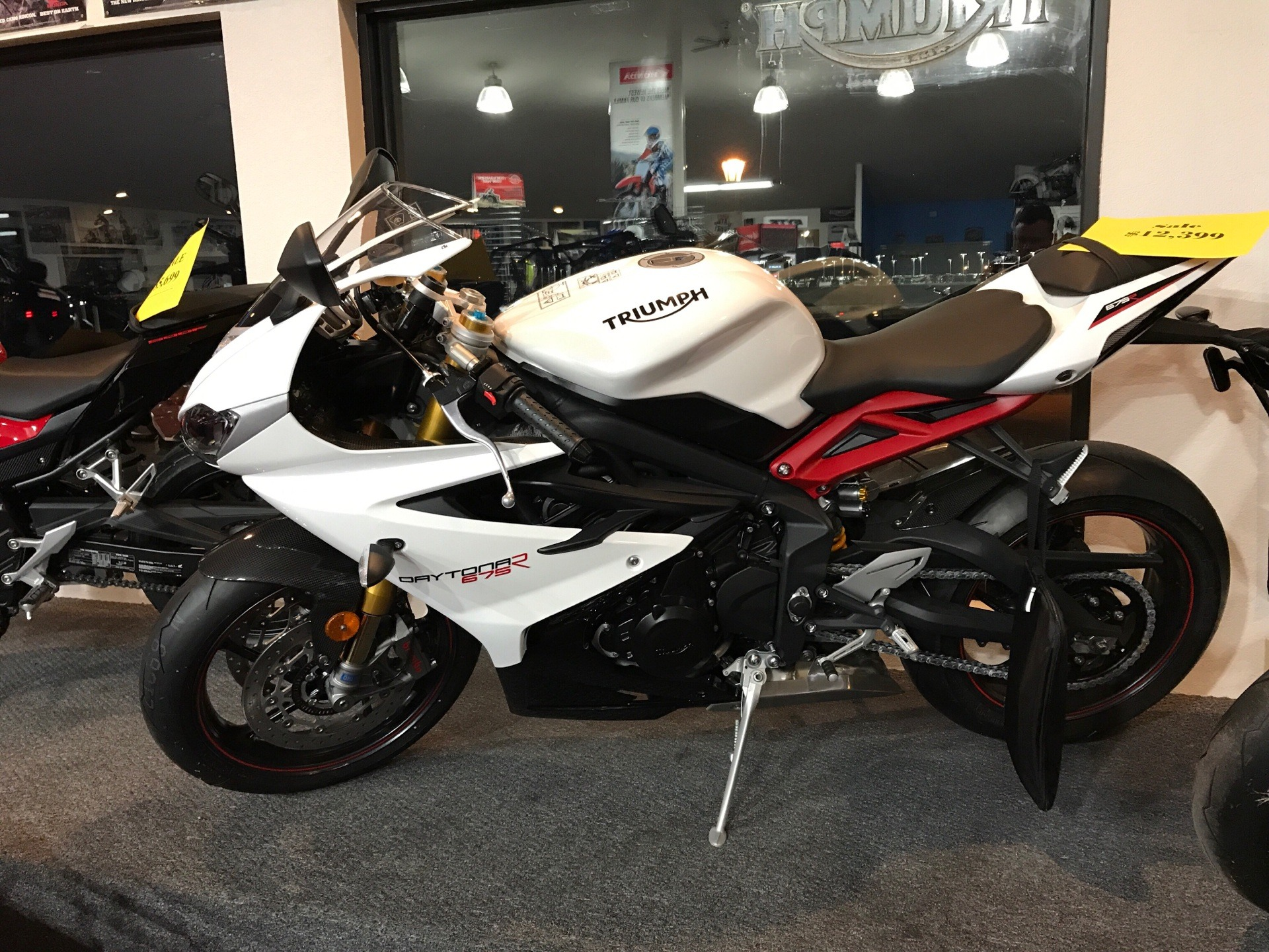 2017 Triumph Daytona 675 R ABS in Belle Plaine, Minnesota