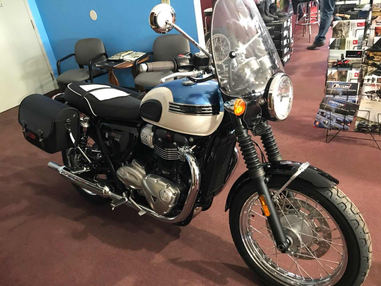 2018 Triumph Bonneville T100 in Belle Plaine, Minnesota - Photo 1
