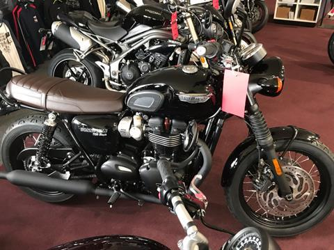 2019 Triumph Bonneville T120 Black in Belle Plaine, Minnesota - Photo 1