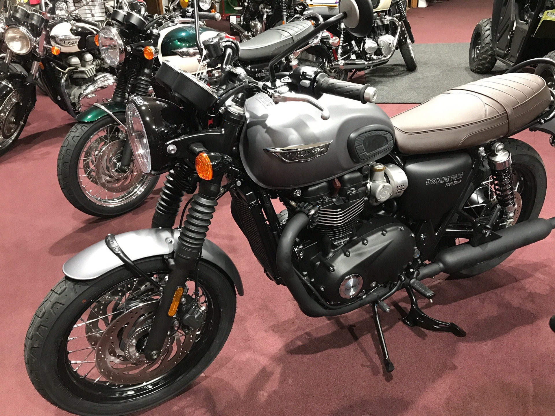 2018 Triumph Bonneville T120 Black in Belle Plaine, Minnesota