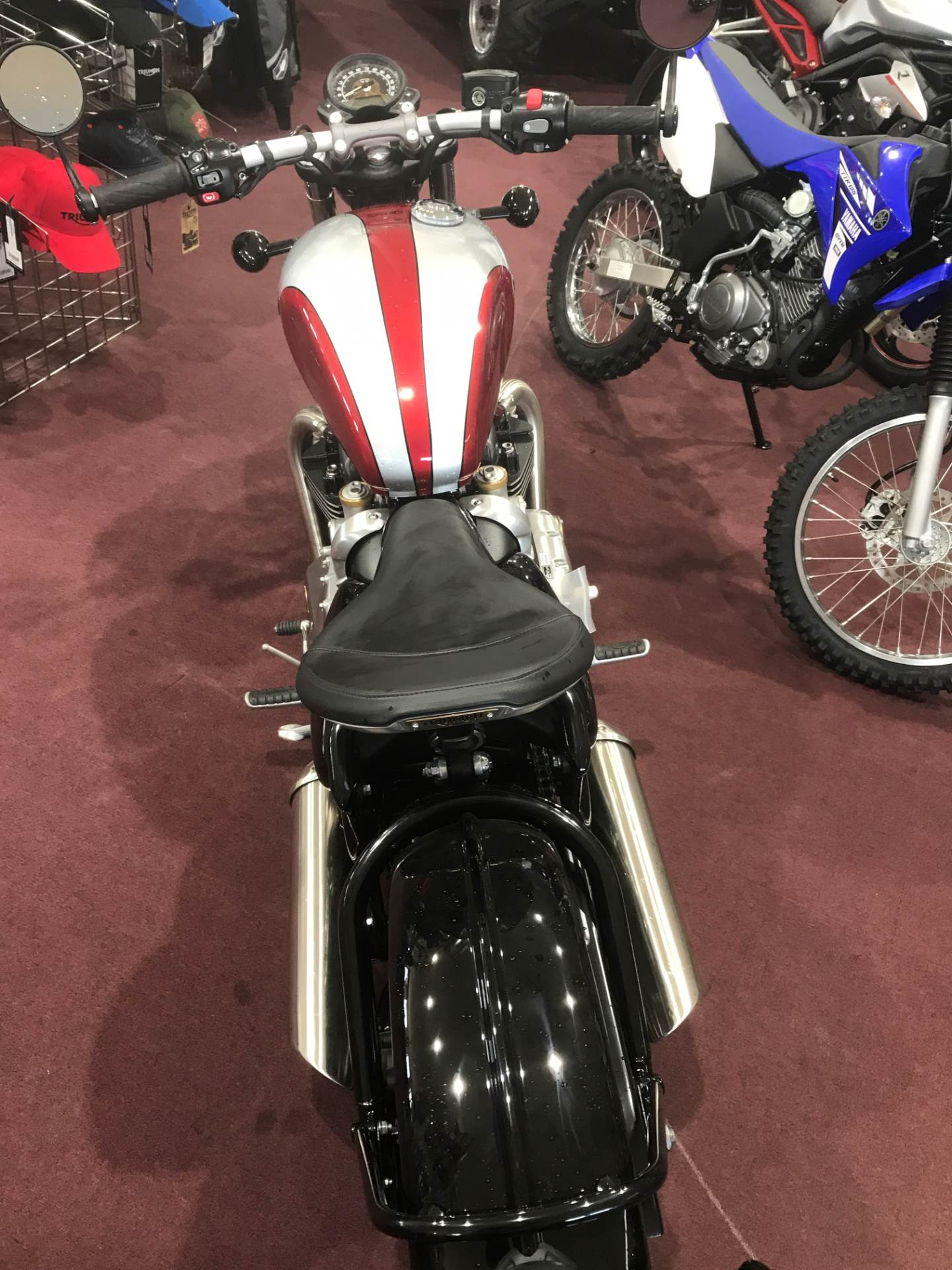 2018 Triumph Bonneville Bobber in Belle Plaine, Minnesota - Photo 6