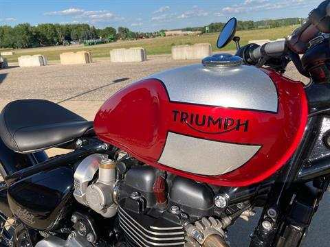 2019 Triumph Bonneville Bobber in Belle Plaine, Minnesota - Photo 2