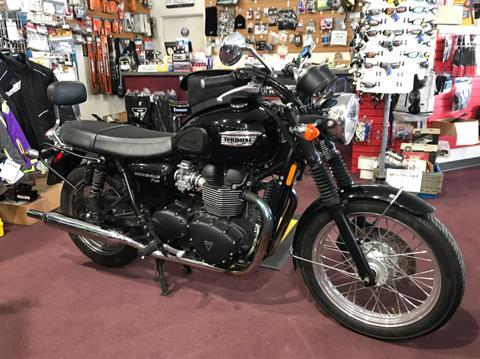 2013 Triumph Bonneville T100 Black in Belle Plaine, Minnesota