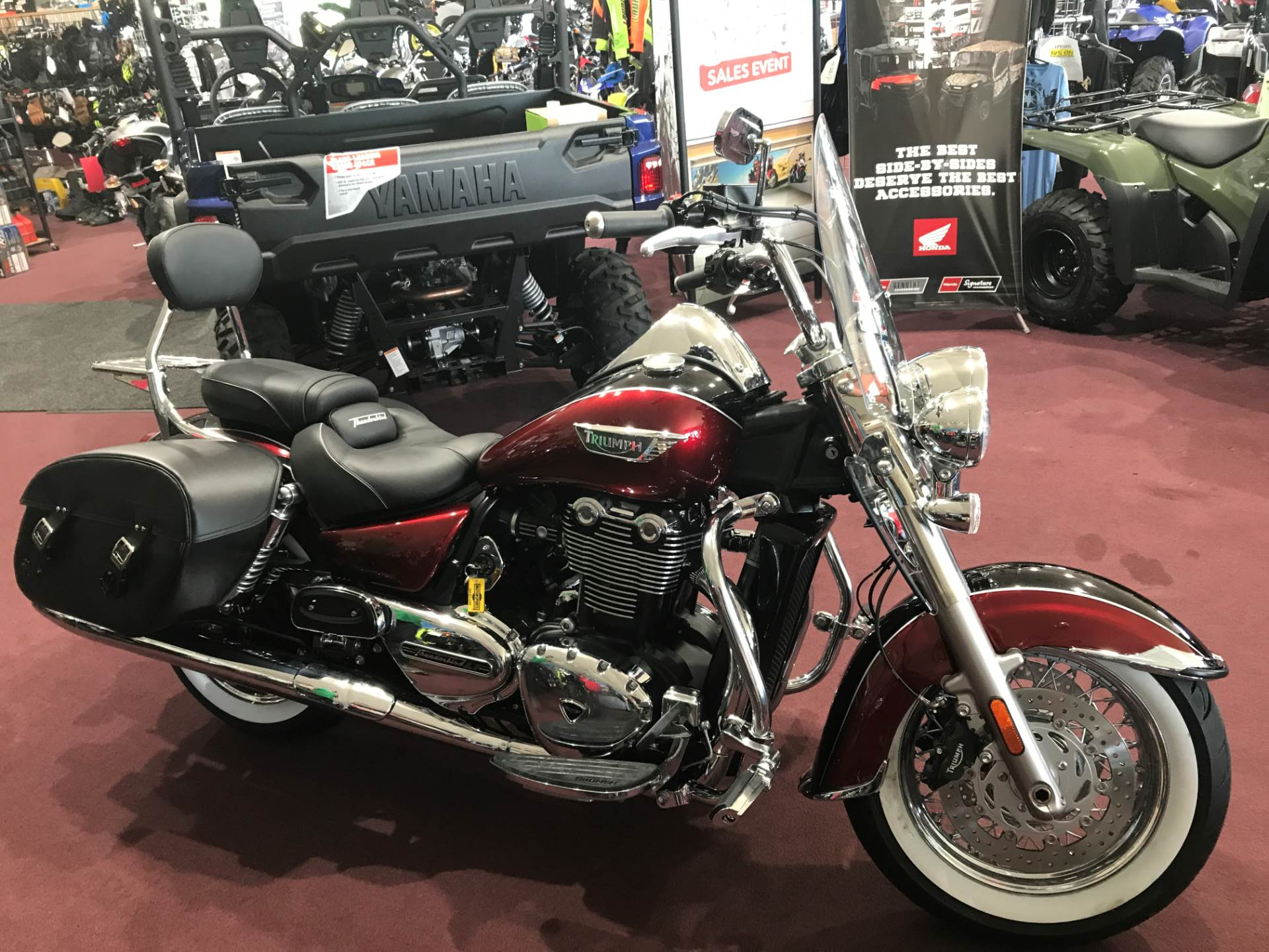 2017 Triumph Thunderbird LT in Belle Plaine, Minnesota