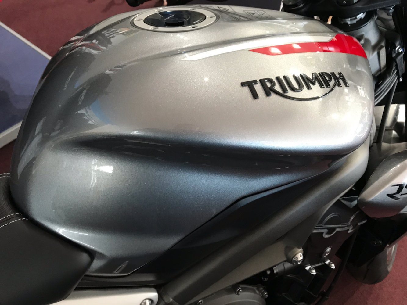 2020 Triumph Street Triple RS in Belle Plaine, Minnesota - Photo 7
