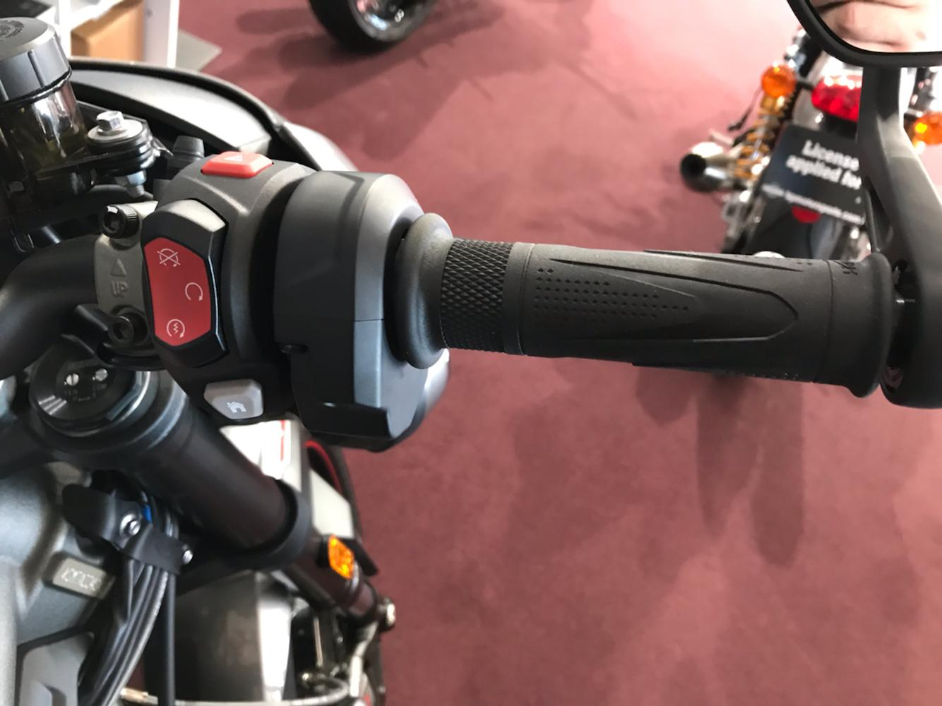 2020 Triumph Street Triple RS in Belle Plaine, Minnesota - Photo 8