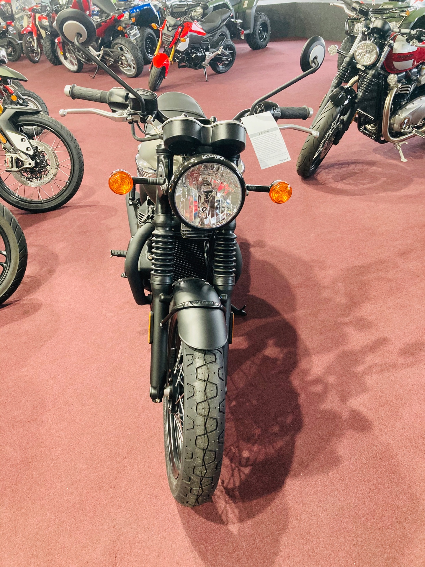2020 Triumph Bonneville T100 Black in Belle Plaine, Minnesota - Photo 3