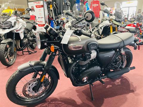 2020 Triumph Bonneville T100 Black in Belle Plaine, Minnesota - Photo 4