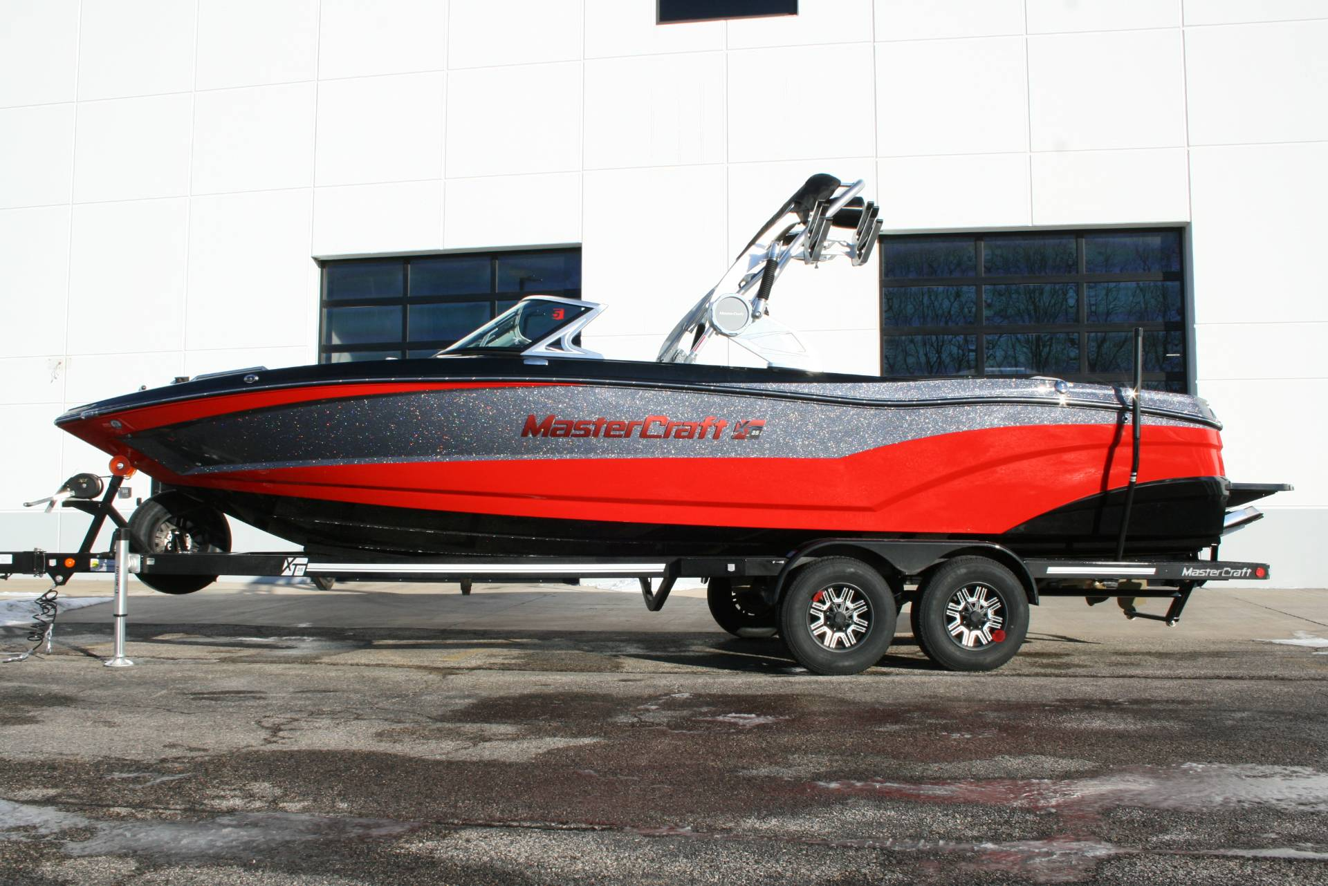 2018 Mastercraft XT25 in Lake Zurich, Illinois