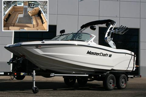 2018 Mastercraft XT20 in Lake Zurich, Illinois
