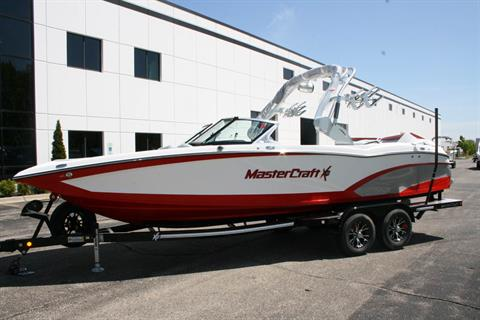 2017 Mastercraft X46 in Lake Zurich, Illinois