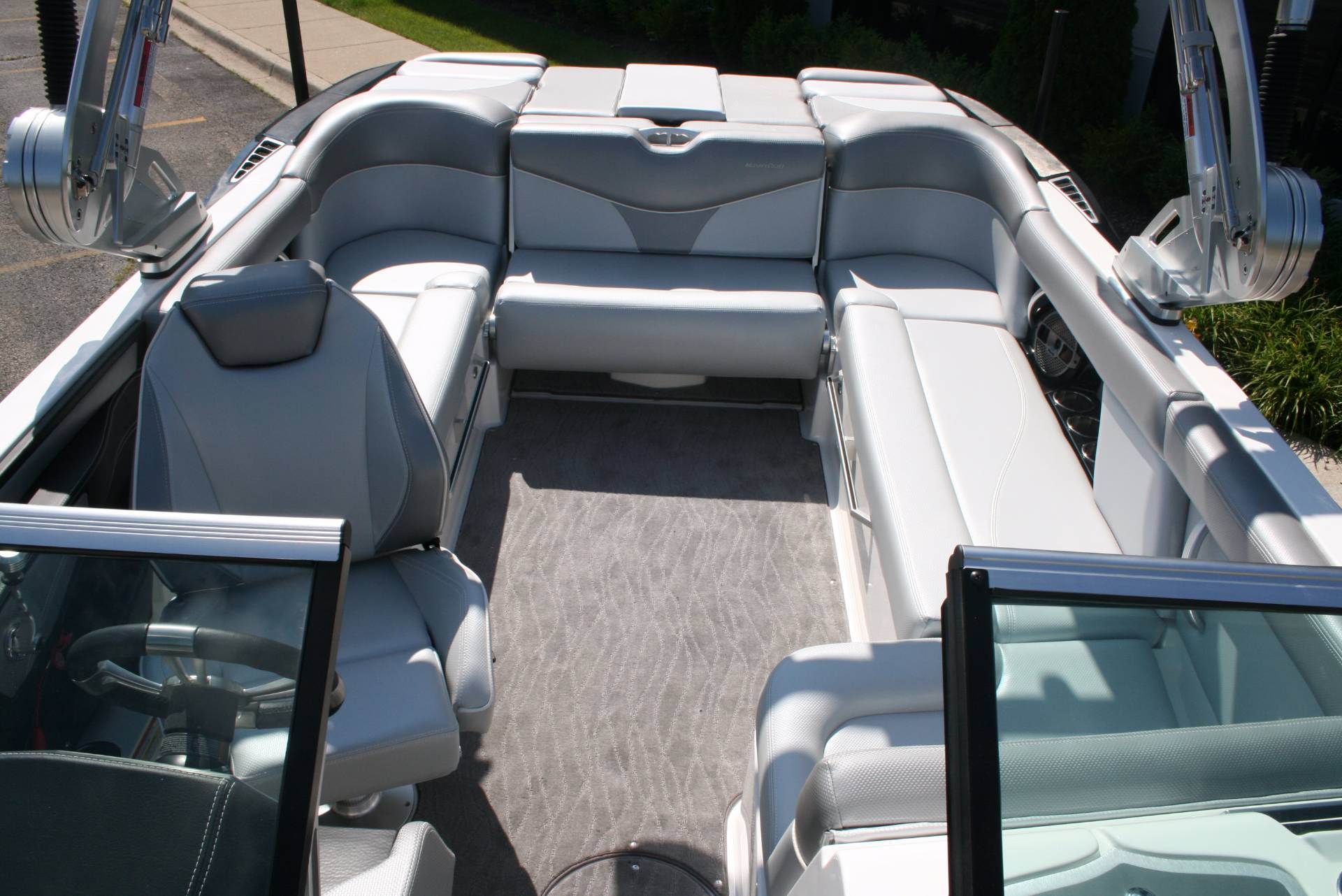 2018 Mastercraft XT22 in Lake Zurich, Illinois