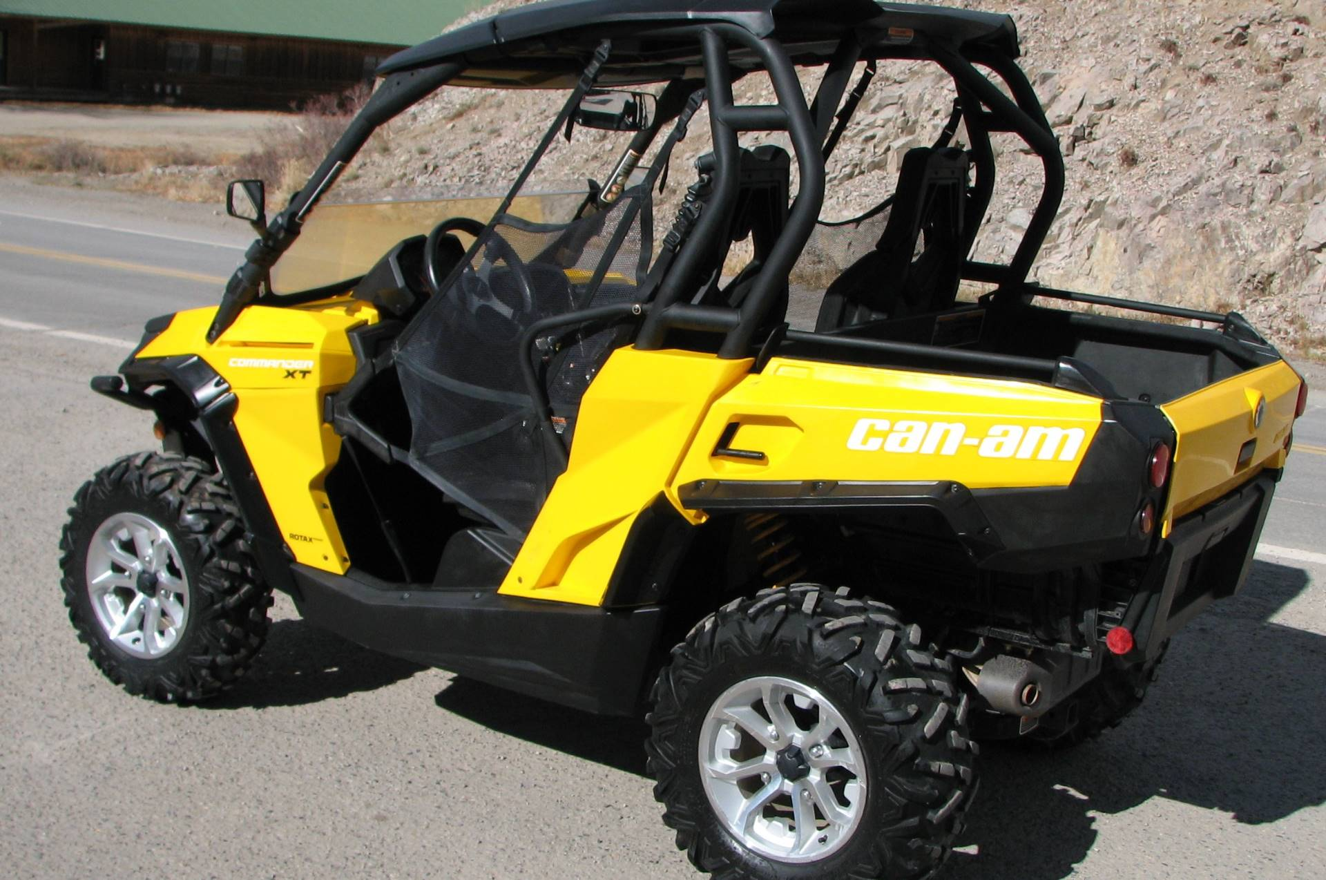 2015 Can-Am Commander™ XT™ 1000 in Lake City, Colorado - Photo 6
