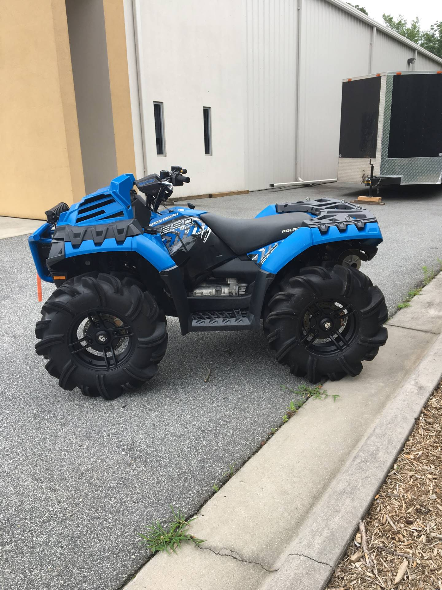 2017 Polaris Sportsman 850 High Lifter Edition in High Point, North Carolina