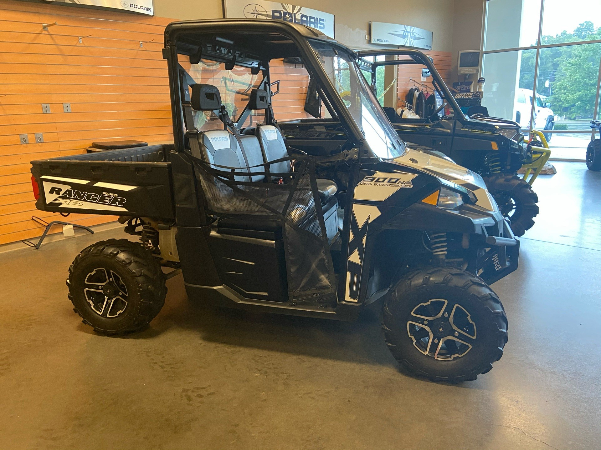 2015 Polaris Ranger XP® 900 EPS in High Point, North Carolina - Photo 1
