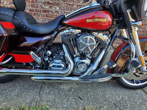 2010 Harley-Davidson Street Glide® in Greensboro, North Carolina - Photo 4