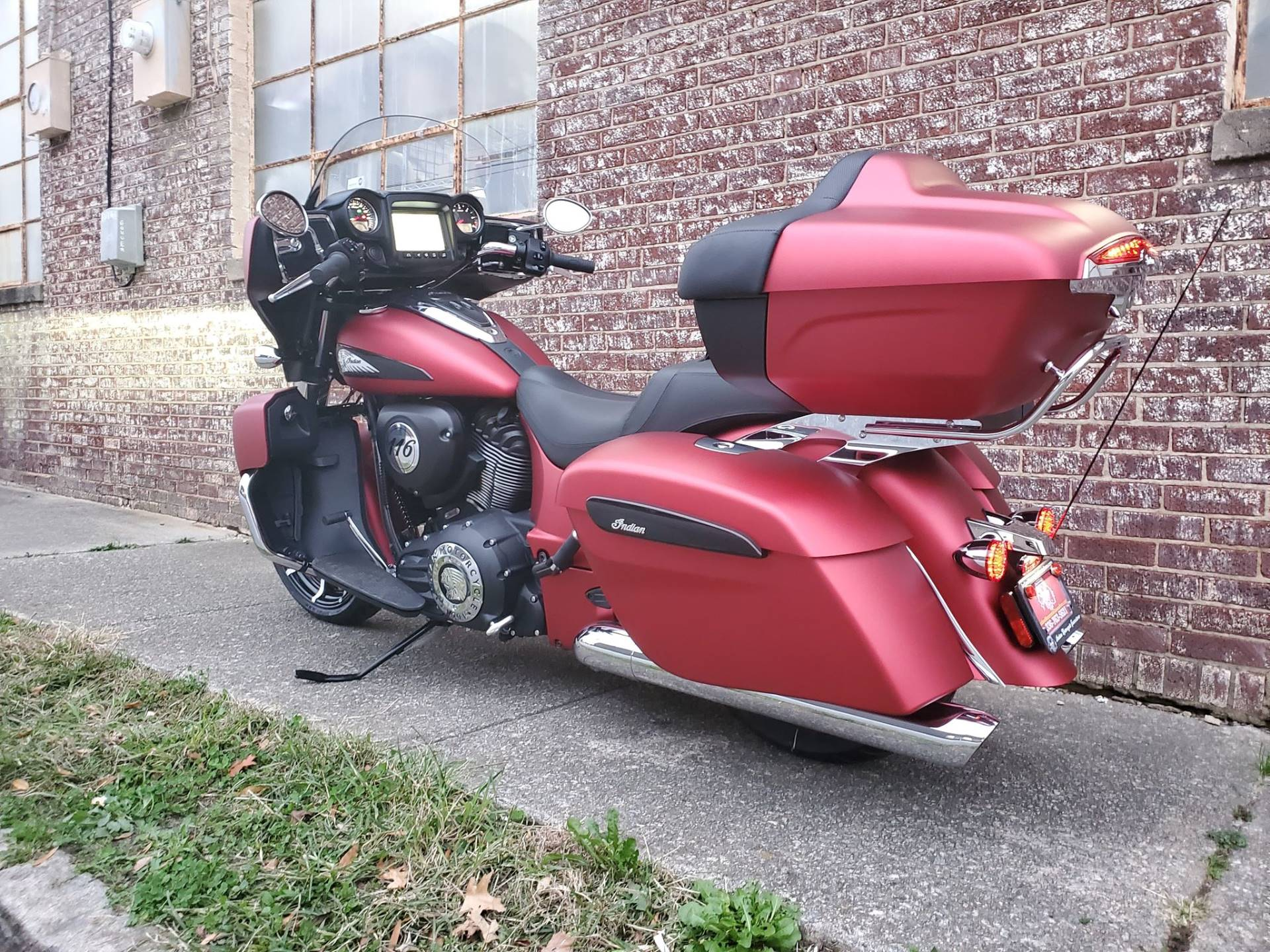 2020 Indian Roadmaster® Dark Horse® in Greensboro, North Carolina - Photo 6
