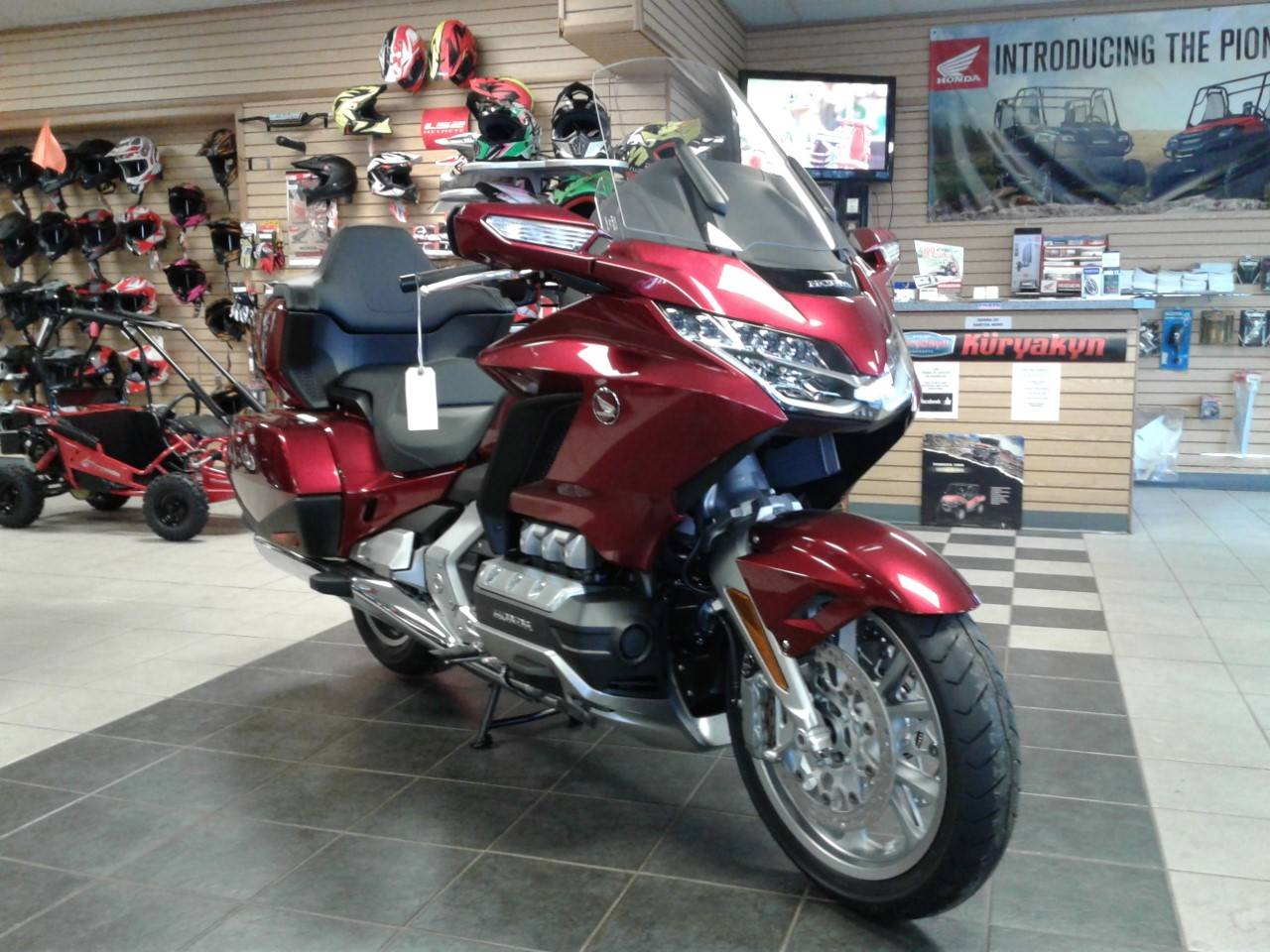 2019 Honda Gold Wing Tour in Sumter, South Carolina - Photo 2