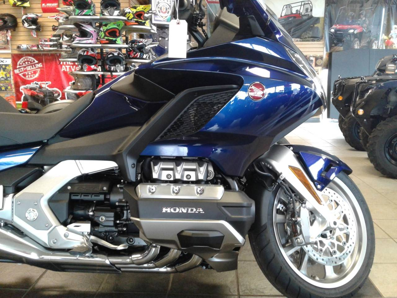 2019 Honda Gold Wing Tour Automatic DCT in Sumter, South Carolina - Photo 3