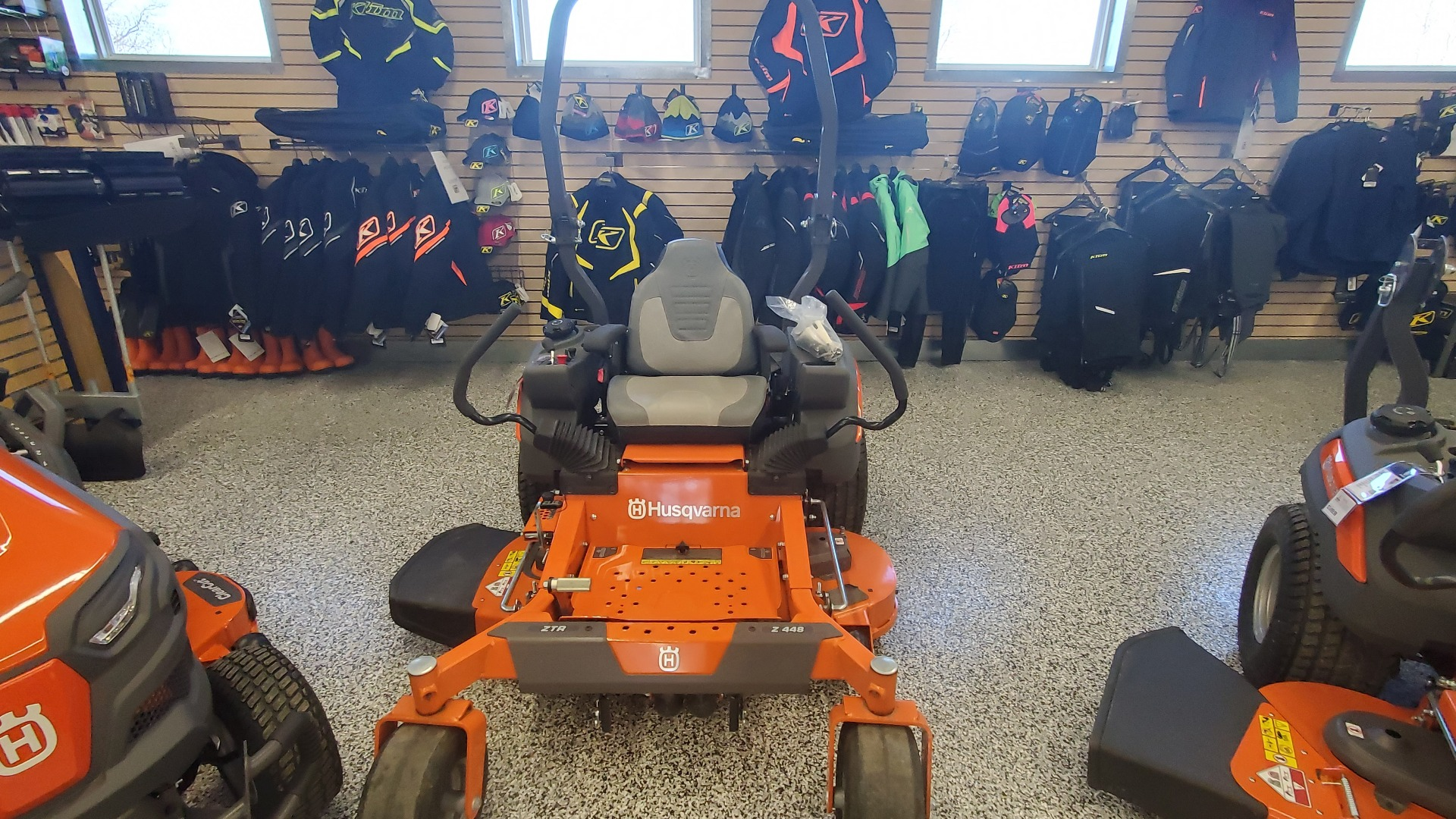 2020 Husqvarna Power Equipment Z448 48 in. Kawasaki FS Series 22 hp in Unity, Maine - Photo 2