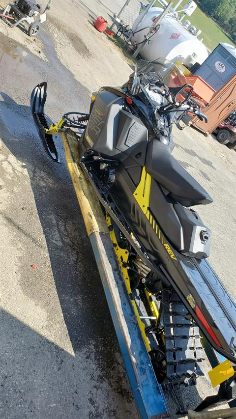 2018 Ski-Doo Renegade Backcountry X 850 E-TEC ES Ice Cobra 1.6 in Unity, Maine - Photo 3