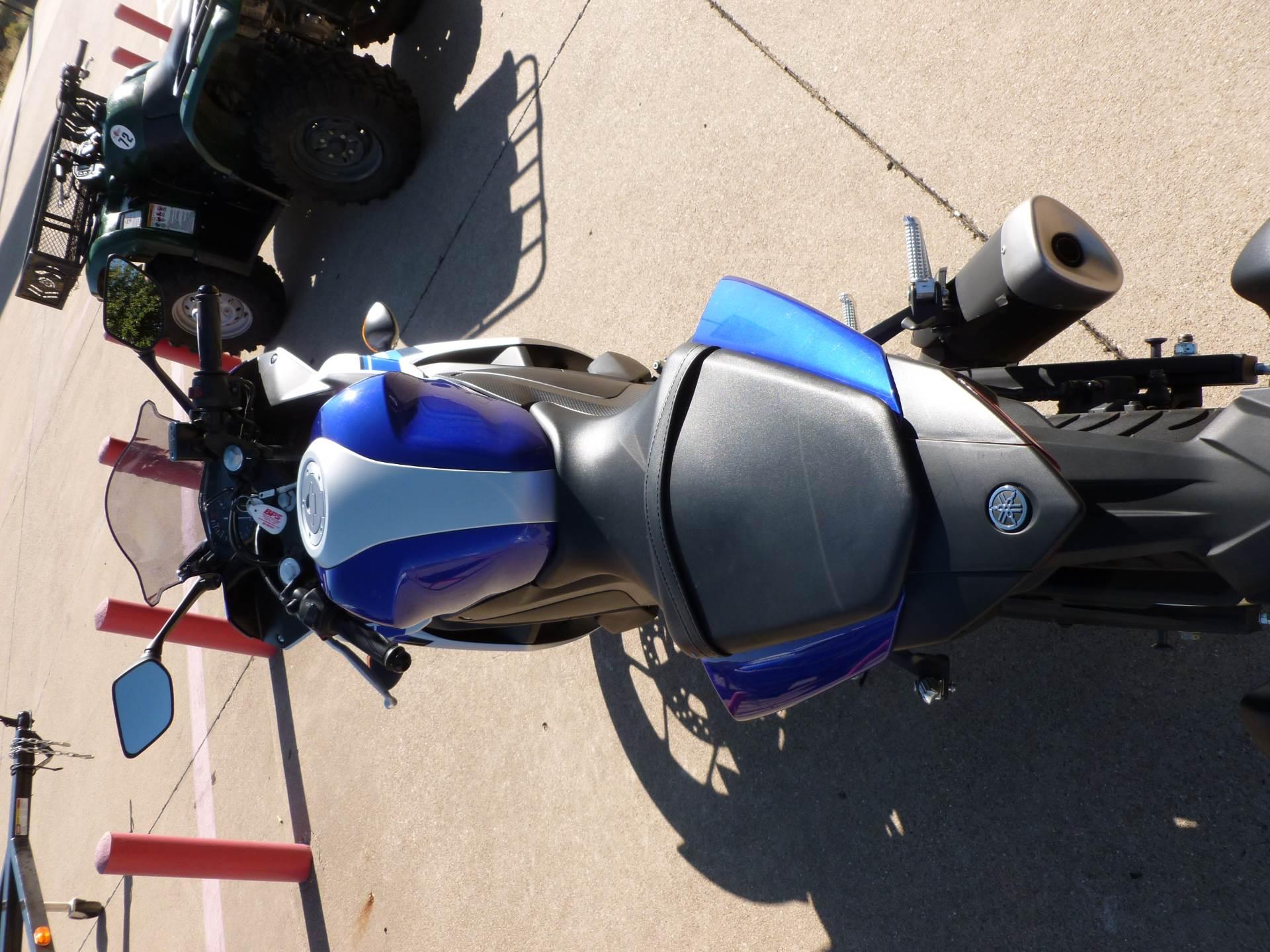 2016 Yamaha YZF-R3 4