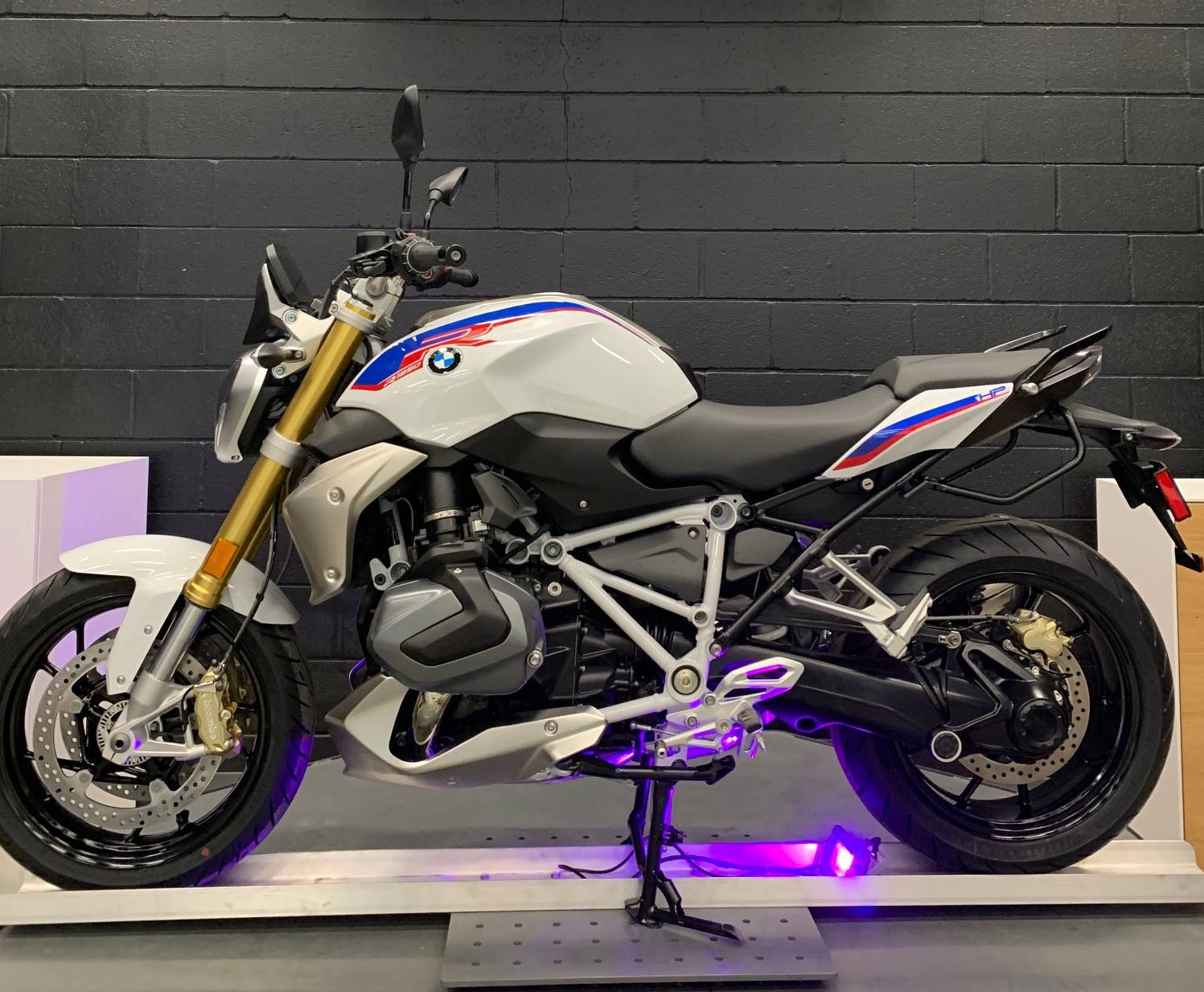2020 BMW R1250R HP in Middletown, Ohio - Photo 3