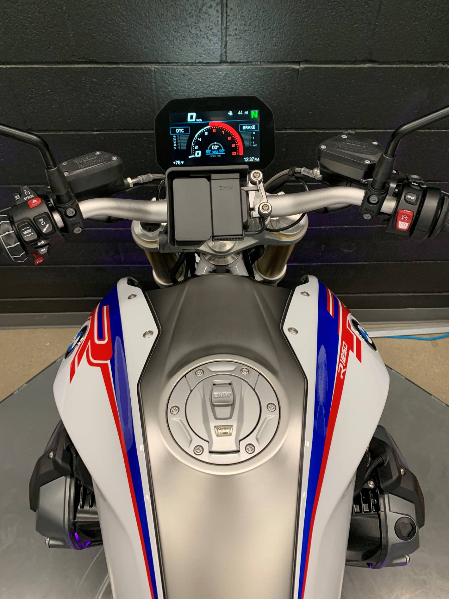 2020 BMW R1250R HP in Middletown, Ohio - Photo 7