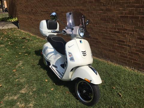 2018 Vespa GTS Super 300 in Middletown, Ohio - Photo 2