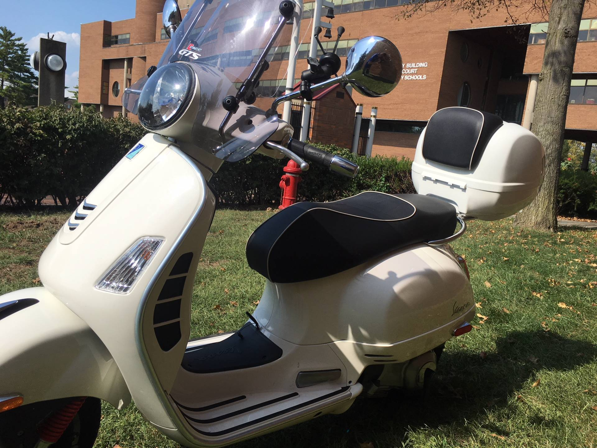 2018 Vespa GTS Super 300 in Middletown, Ohio - Photo 4