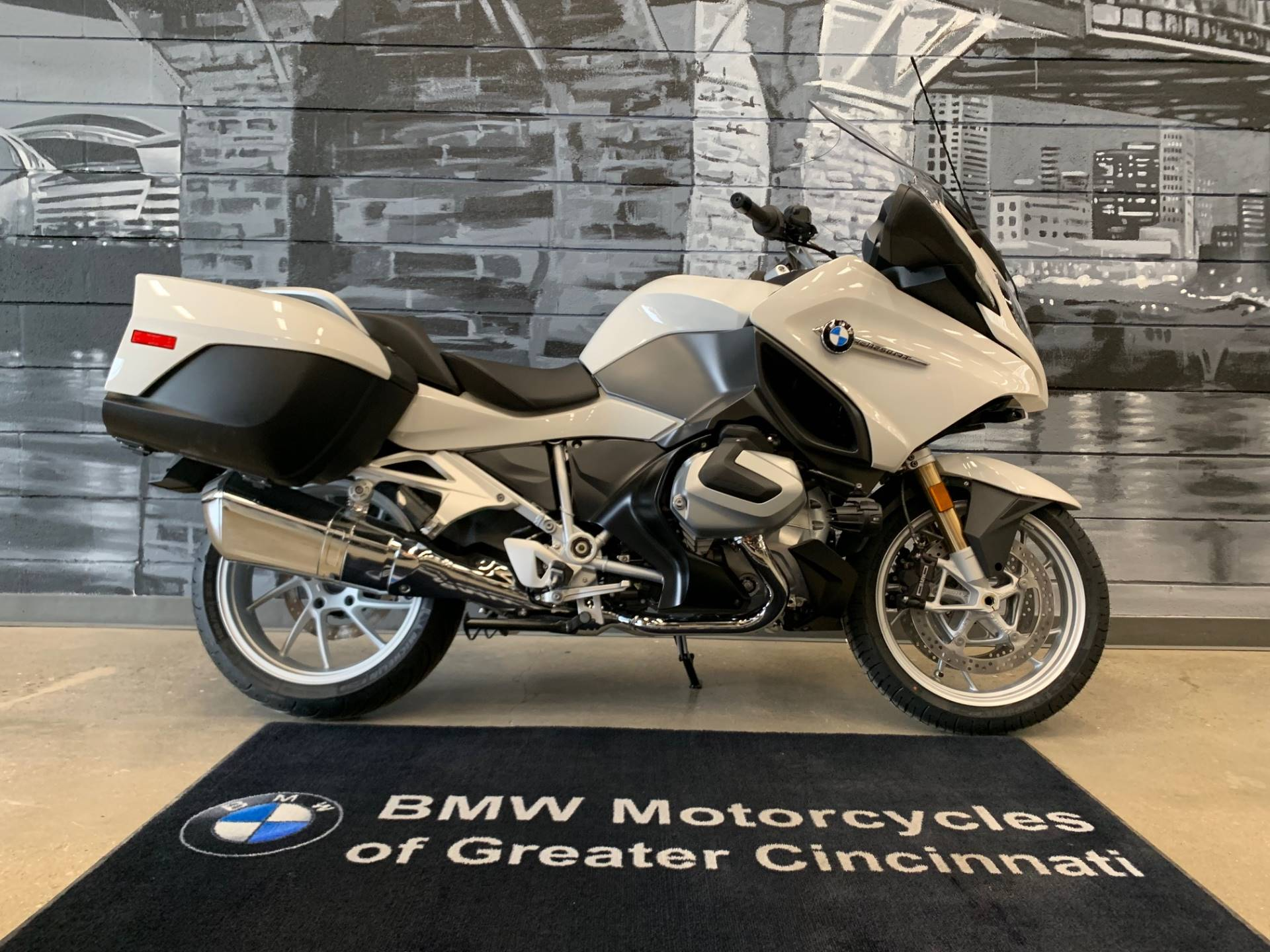 2020 BMW R 1250 RT in Middletown, Ohio - Photo 1