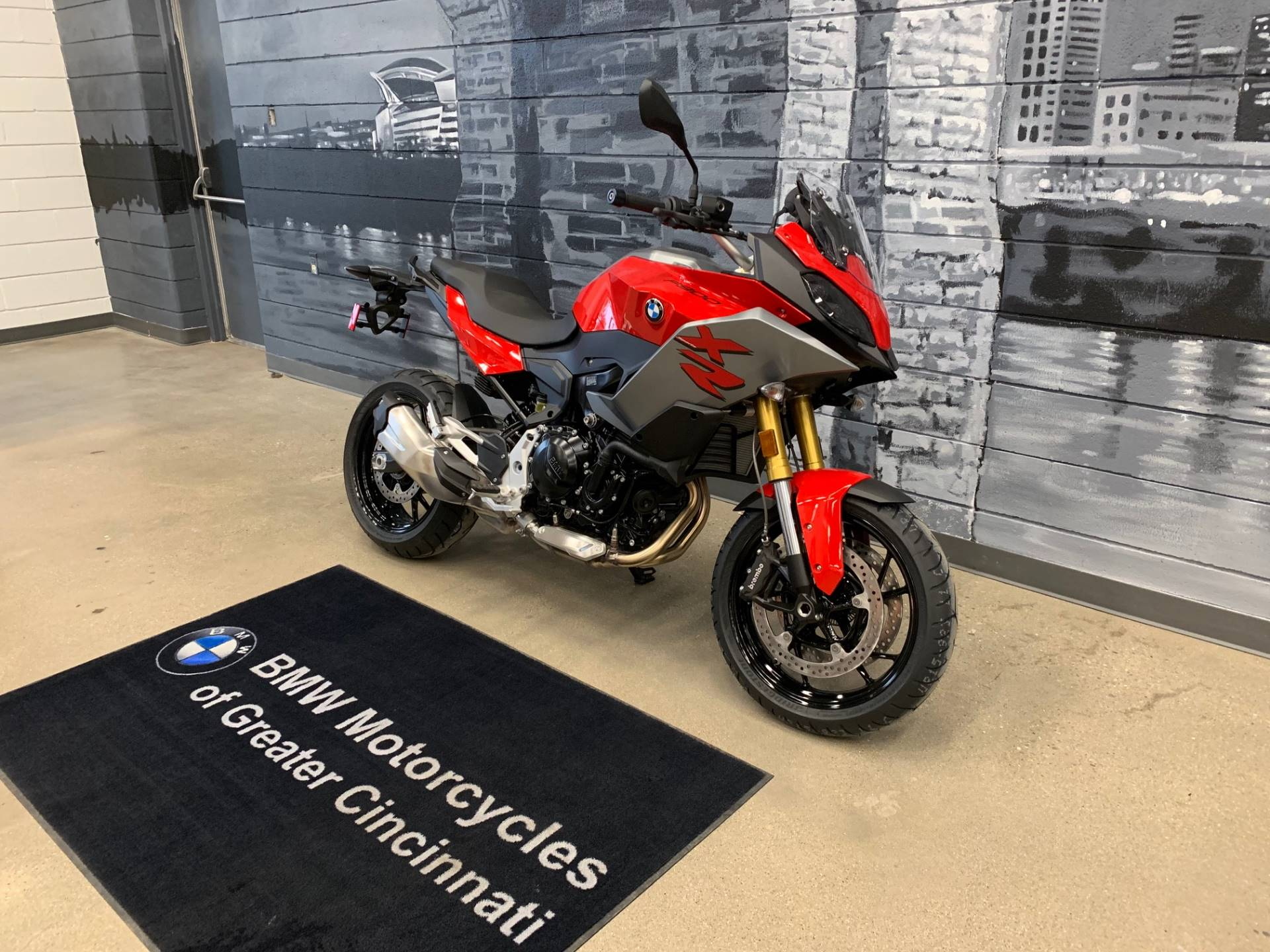 2020 BMW F 900 XR in Middletown, Ohio - Photo 3