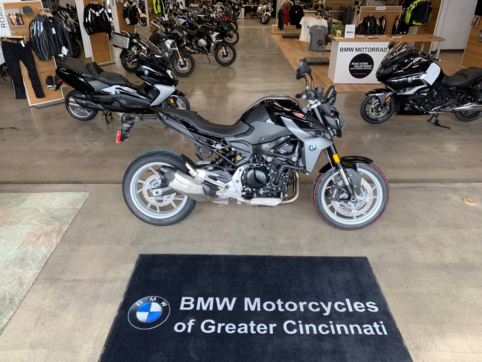 2020 BMW F 900 R in Middletown, Ohio - Photo 3