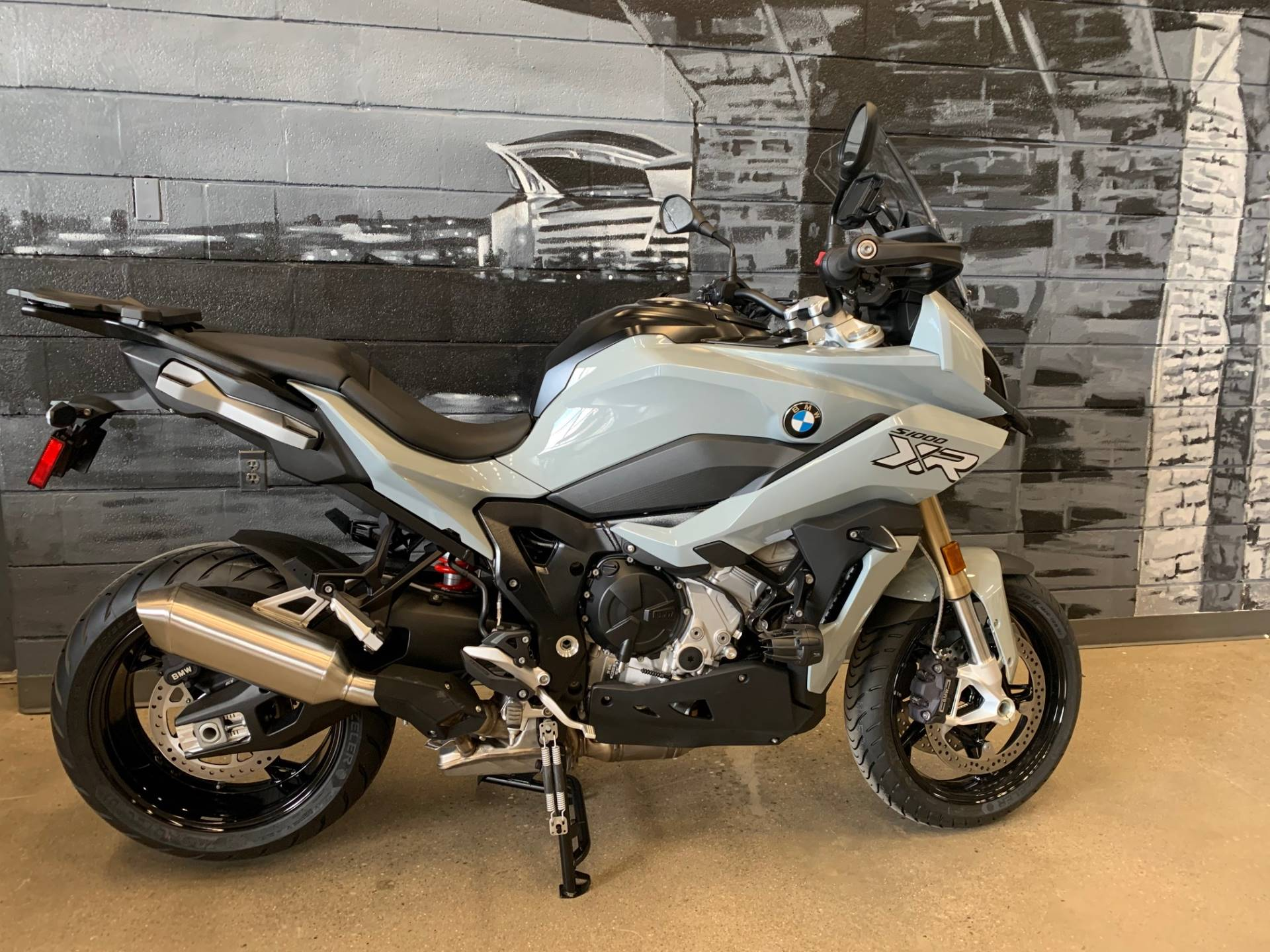 2020 BMW S1000XR in Middletown, Ohio - Photo 1