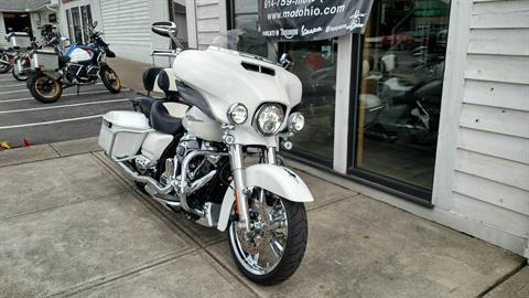 2017 Harley-Davidson Street Glide® Special in Columbus, Ohio - Photo 3