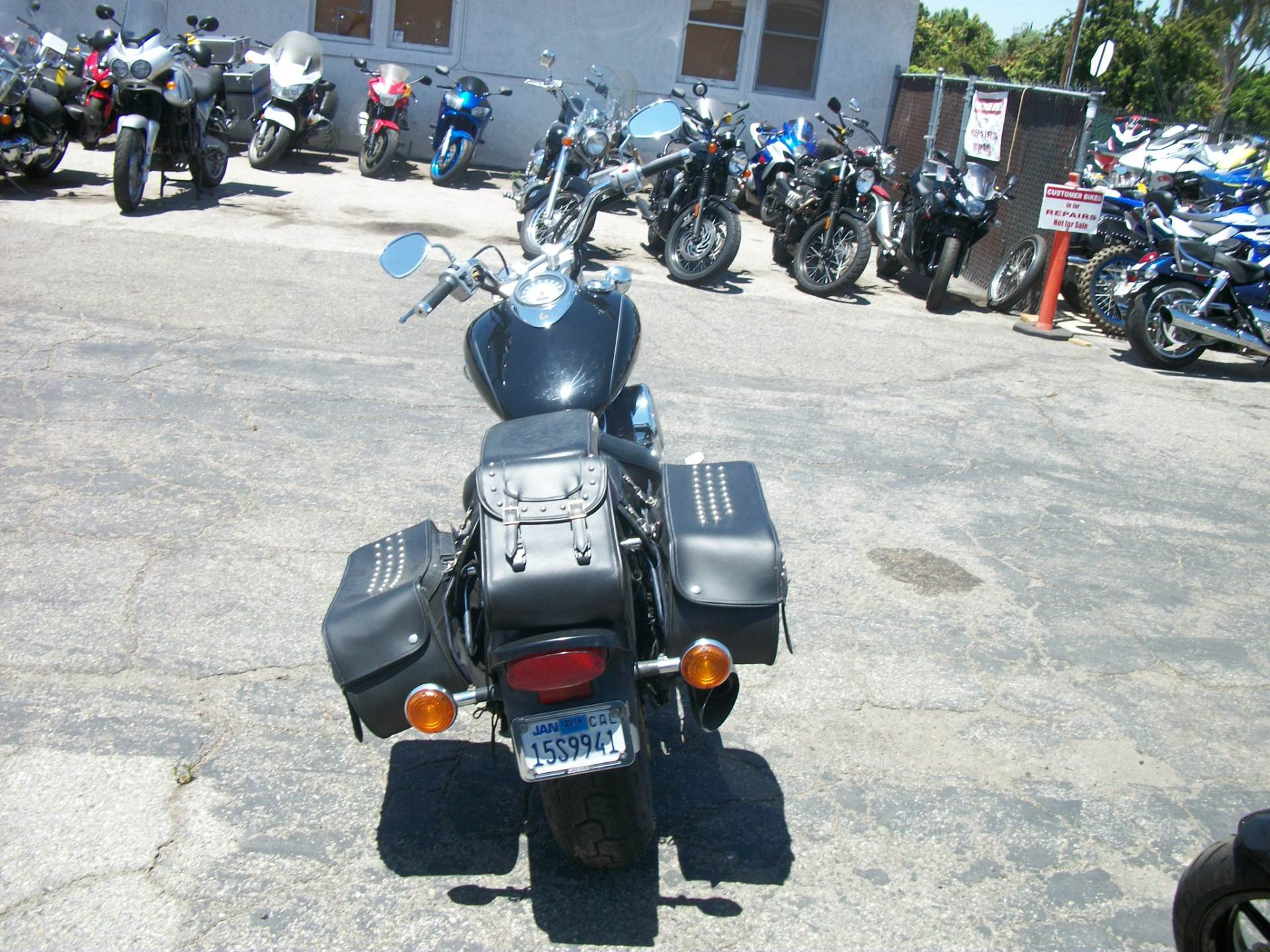 2001 Yamaha V Star 1100 in Simi Valley, California - Photo 4
