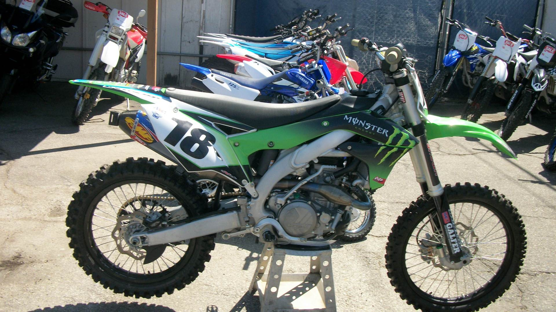2017 Kawasaki KX450F in Simi Valley, California - Photo 2