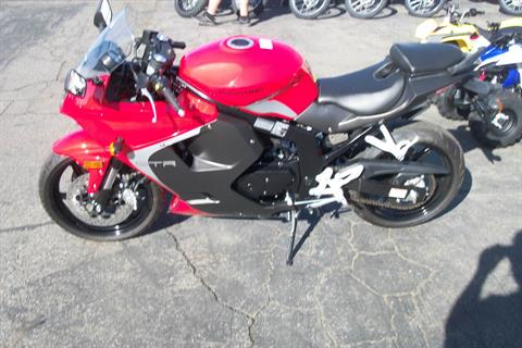 2015 Hyosung GT250R in Simi Valley, California - Photo 2