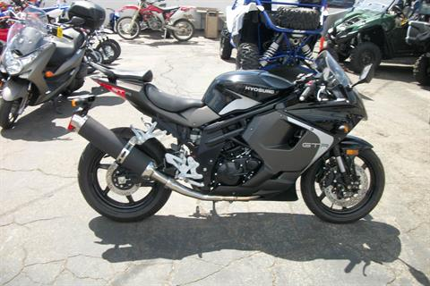 2015 Hyosung GT650R in Simi Valley, California