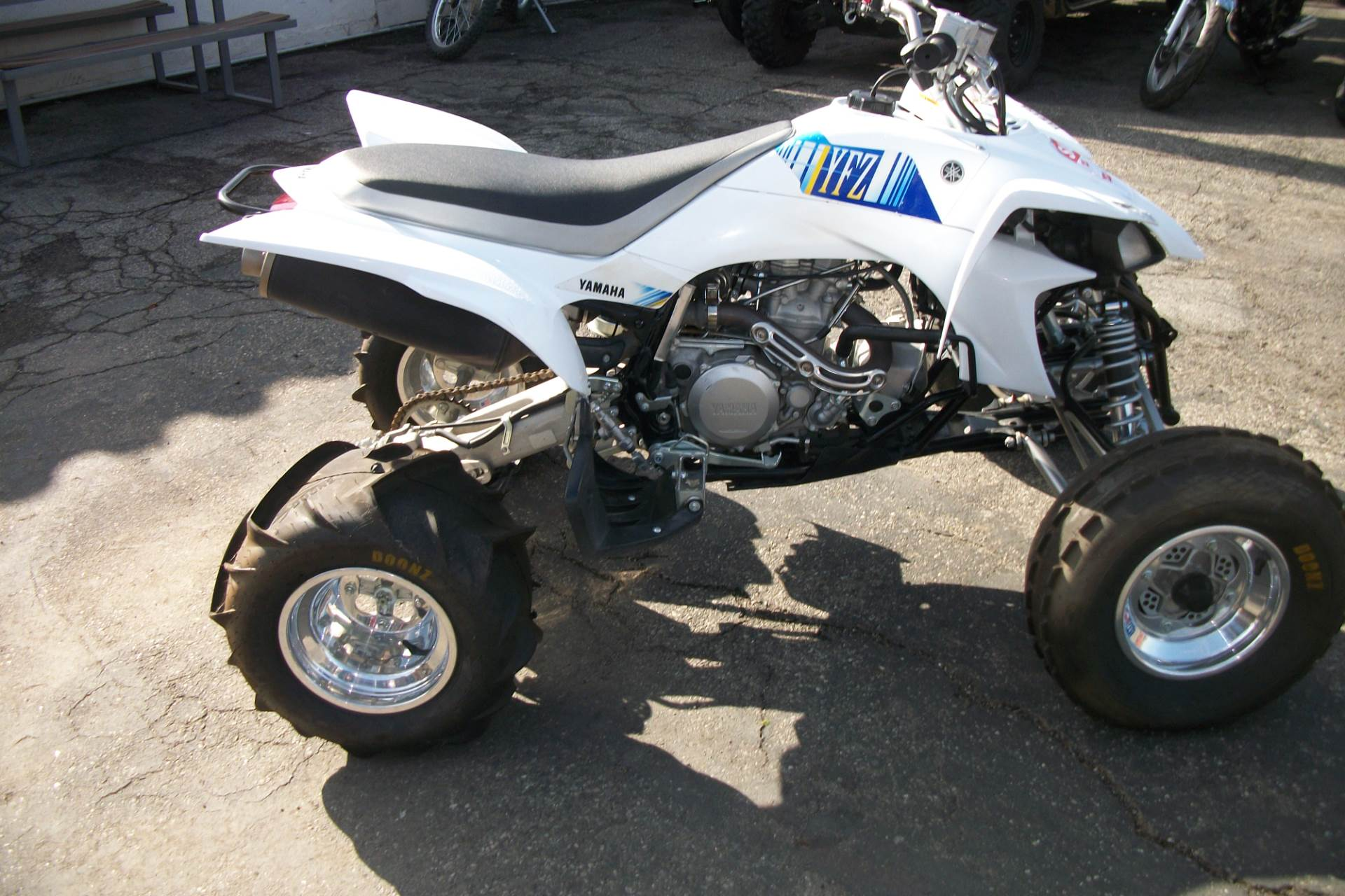2013 Yamaha YFZ450 in Simi Valley, California - Photo 1