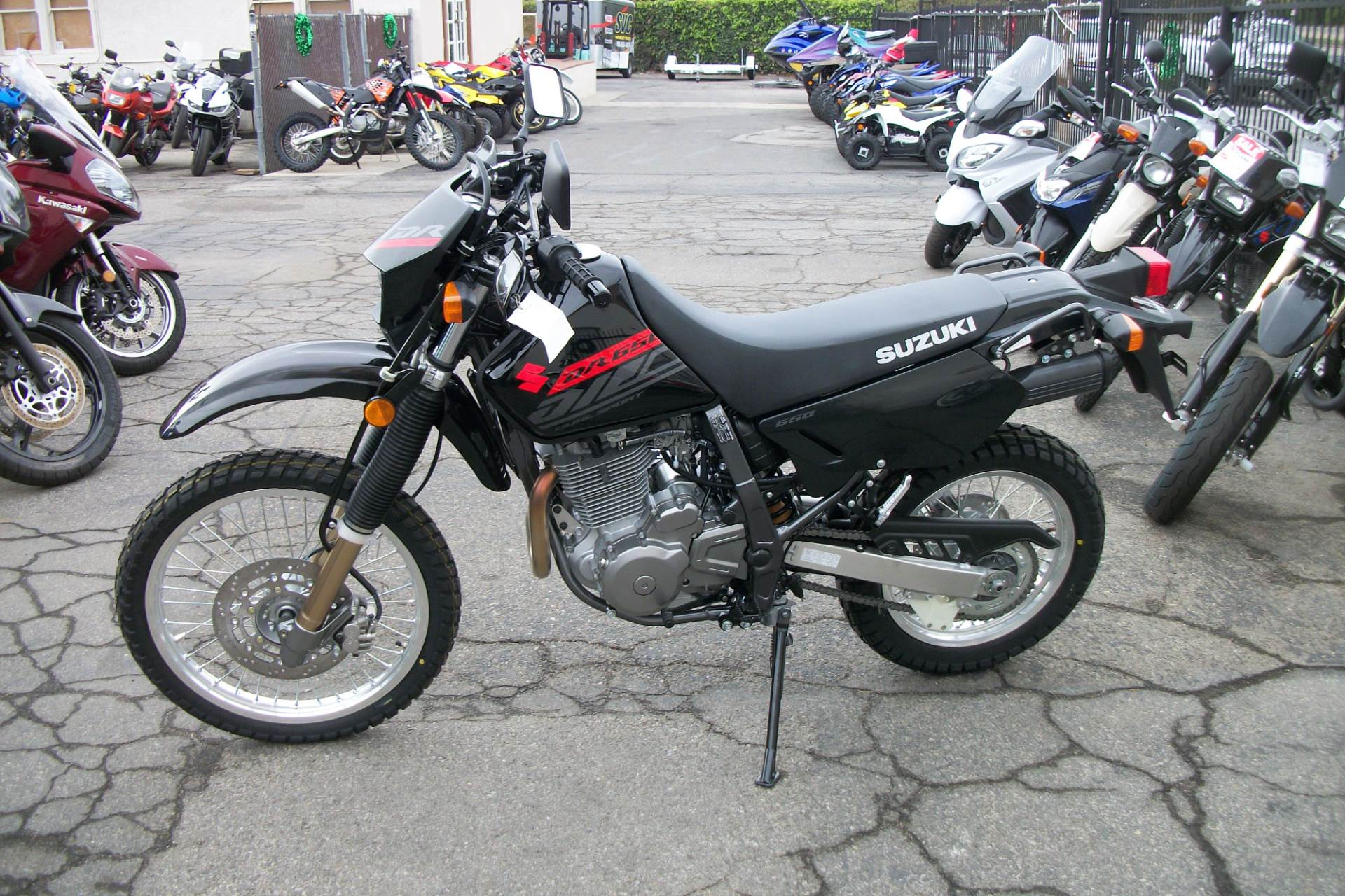 2019 Suzuki DR650S in Simi Valley, California