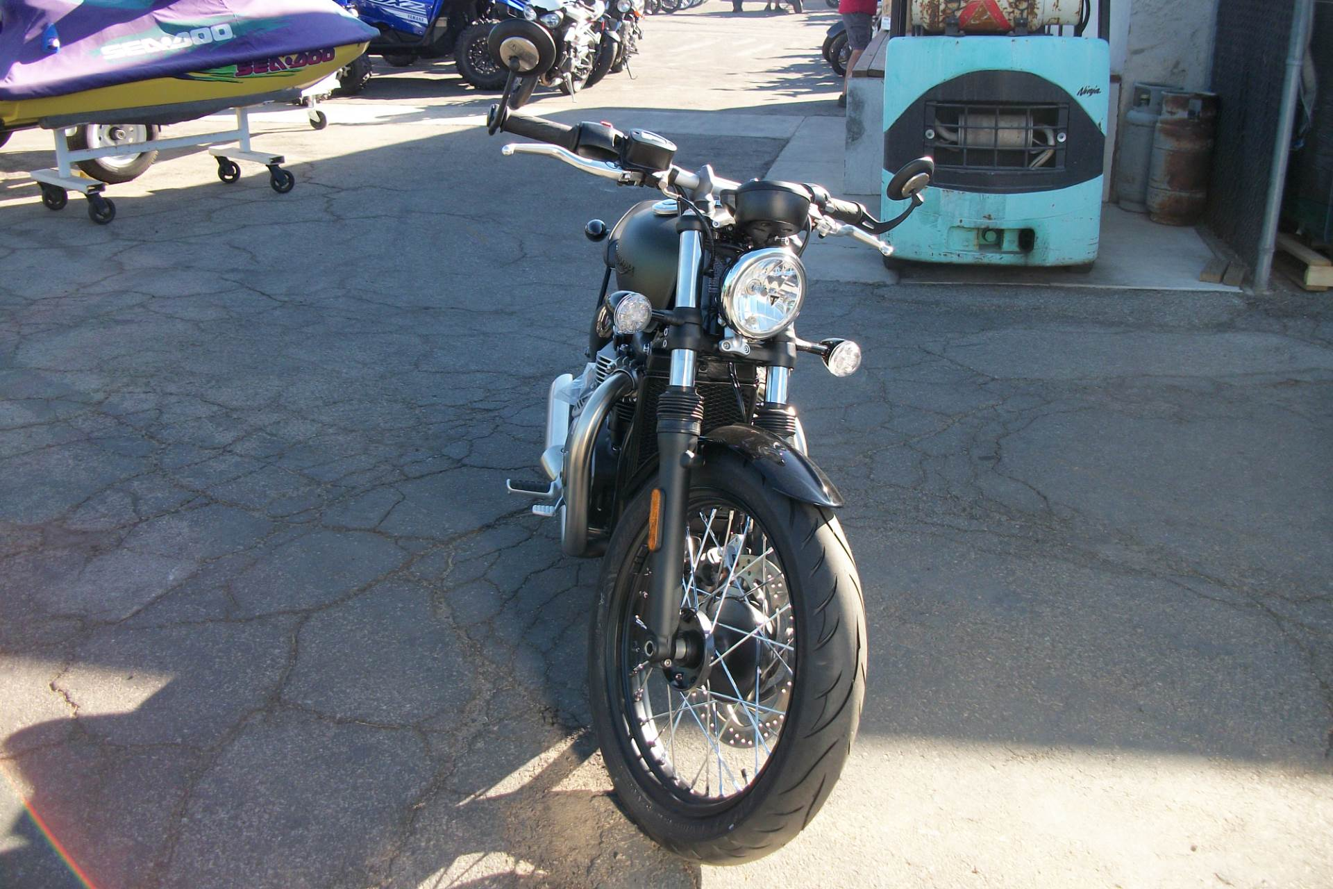 2019 Triumph Bonneville Bobber in Simi Valley, California - Photo 2